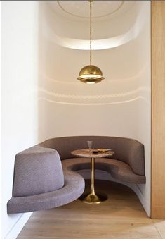 Chic, #Cozy curvy #Seating in Niche for a small Lounge/Bar #Restaurant, Home, Great Design!
