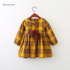 Girls Children Dress 2017 New Autumn Brand Girls Clothes Classical Plaid Fur Ball Bow Design Baby Girls Dress For 3-7 Years