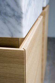 Antonio Lupi Design® / LUNARIA sectional bathroom cabinet #detail