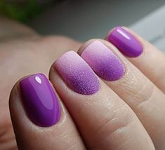 Look at the gentle purple ombre on short nails.