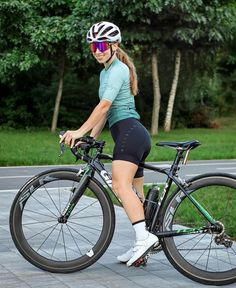 Cycling Girls, Bicycle, Sporty, Female, Instagram, Aphrodite, Bicycles, Bike, Bicycle Kick