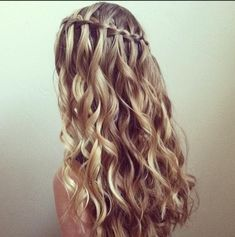 50 Waterfall Braid Inspirations You will Love, These 50 waterfall braids will add some romantic and feminine vibe into your looks. If you are looking for a sophisticated braid, then here you fou. Braided Hairstyles Updo, Braided Updo, Box Braids Updo, Twist Braids, Side Braids, Loose French Braids, Sophisticated Hairstyles, Milkmaid Braid, Bridesmaid Hair Updo
