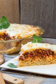 Baked Spaghetti Pie - an ALL TIME family FAVOURITE   artandthekitchen.com