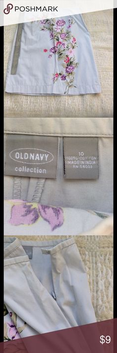 """Very pretty cotton skirt, relaxed pencil style.. Old Navy Collection cotton skirt - floral pattern on light tan/gray twill. 100% cotton, thin waist- band (almost flat front) with slight tailoring for a nice simple fit. Seems easy to dress up or down!  22"""" long from waistband.. left side hidden zipper with hook closure. Old Navy Skirts Midi"""