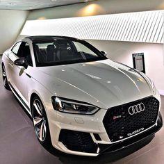 9 вподобань, 3 коментарів – @_carss_lovers_ в Instagram: «Follow: @_carss_lovers_ #audiquattro #audia5 #audi #audia7 #audirs #audirs5 #audirs6 #audirs7…»