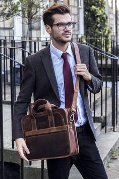 Leather Citylaner Briefcase https://www.scaramangashop.co.uk/item/4632/96/Leather-Work-Bags/Mens-Citylander-Leather-Laptop-Briefcase.html