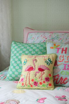 Room Seven wall paper & pillows S15