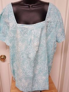 Basic Editions Woman's Green/White Floral Shirt Size XXL #BasicEditions #Blouse #Casual