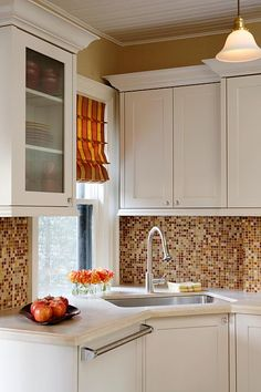 Sarah Richardson Design inc 3 Julie's Kitchen, counters, cabinets, backsplash, paint colour