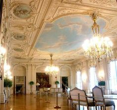 Rosecliff Mansion in Newport - loooove the ballroom