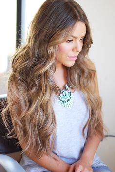 I would want a few more face framing pieces than this model............................................................................................................................<3 I want it to have a blended look and a natural flow. .........................................................<3 nice color