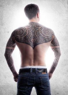 2. DESIGN (Tatuagem): Tatuagem Tribal (Viking) [Tattoos done by Peter Madsen at Meatshop Tattoo Copenhagen]