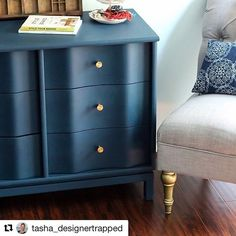 I absolutely love how amazing this dresser that @tasha_designertrapped rescued turned out. This is a beautiful example of how luxurious a dated piece of furniture can look with a coat of Amy Howard at Home One Step Paint (in Lady Singing the Blues)! #amyhowardathome #craftingabeautifullife #rescuerestoreredecorate #onesteppaint