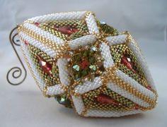 Bitte beachten Sie: der Verkauf ist nicht für das Ornament selbst, sondern das Muster, das Ornament zu machen.    Dieses Weihnachten meine