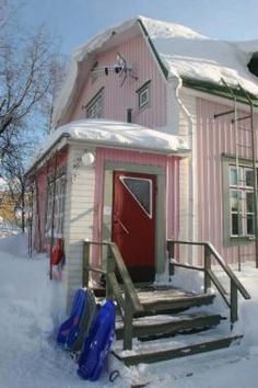 Finnish house from the 1940s. That kind of door handle is so familiar to me. :)  <3LOVE!