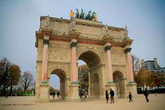 PARIS - Arco do Triunfo do Carrossel - fuievouvoltar.com