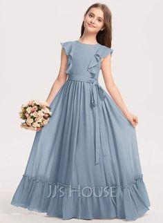 Girls Dresses Sewing, Stylish Dresses For Girls, Frocks For Girls, Little Girl Dresses, Simple Dresses, Simple Frock Design, Baby Girl Dress Patterns, Dress Neck Designs, Junior Bridesmaid Dresses