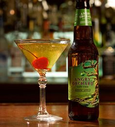APPLE ORCHARD MARTINI Ingredients: 3 oz Angry Orchard Green Apple 1 oz vodka ½ oz green apple liqueur Dash lime juice