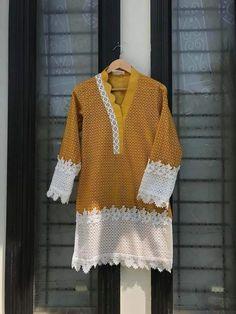 Abdullha Sleeves Designs For Dresses, Dress Neck Designs, Stylish Dress Designs, Blouse Designs, Simple Pakistani Dresses, Pakistani Dress Design, Pakistani Fashion Party Wear, Baby Dress Design, Kurta Neck Design