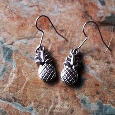 Fashion Earrings, Cool Style, Drop Earrings, Fun, Stuff To Buy, Etsy, Jewelry, Style Fashion, Jewels
