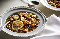 Greek lentil and spinach soup - This lentil soup is so good one nurse has eaten it for lunch every workday for 17 years Soup Recipes, Vegetarian Recipes, Cooking Recipes, Vegan Soups, Lentil Recipes, Cheese Recipes, Recipies, Greek Lentil Soup Recipe, Healthy Recipes