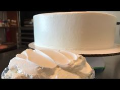 Cake Fillings, Buttercream Frosting, Fondant, Cake Decorating, Vanilla, Make It Yourself, Whipped Cream, Frosting, Cooking
