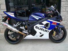 GSXR 750 - http://get.sm/zGu535v #wera Suzuki