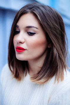 long bob + red lips.