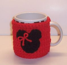 Minnie Mouse Coffee Cup Cozie. Im so into this trend, and Minnie is classy ;)