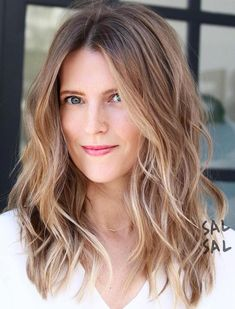 Mid-Length Layered Bronde Hairstyle