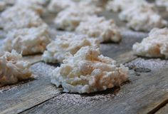 Rice Krispie Coconut Snowballs from NoblePig.com #ChristmasCookies