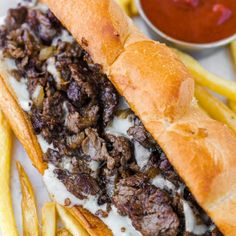 Sandwich recipes 582090320573917528 - How to Make Philly Cheesesteak with tender ribeye steak, melted provolone, and caramelized onion in a toasted garlic butter roll. Easy Philly Cheesesteak Sandwich video how-to. Gourmet Sandwiches, Steak Sandwich Recipes, Wrap Sandwiches, Steak Sandwiches, Steak Cheese Sandwich, Philly Cheese Steak Seasoning, American Sandwich Recipes, Sandwiches For Dinner, Philly Steak Sandwich