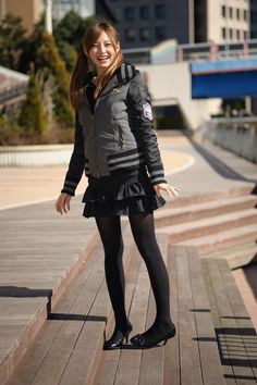 Cute Japanese Girl, Stockings Legs, Girl Fashion, Womens Fashion, Ladies Fashion, Tights Outfit, Black Tights, Leather Skirt, Leather Heels