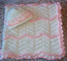 Crochet Baby Blanket and Hat Set Warm and by MADEWITHLOVEBYSUZIEQ