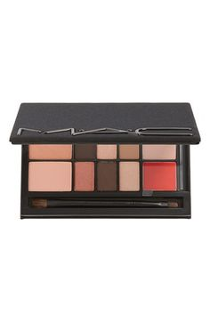 M·A·C 'Look in a Box - Sophisticate' Face Kit ($113 Value)