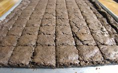 Big Batch Brownies / Bars - Half Sheet Pan Needed, But Makes Up to 88 Bars / Brownies One Bowl Brownies, Fudge Brownies, Chocolate Brownies, Cooking For A Crowd, Food For A Crowd, Half Sheet Pan, Cut Out Cookies, Bar Cookies, Buttery Biscuits