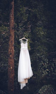 Tara and Christopher's $8,000 elopement to the Rustic Gore Creek Trail in Vail CO. Photography and videography by Mat, Andi & Alex of Forget Me Not Media. See their photos &video here... @intimateweddings.com #dresses #elopements #realwedding