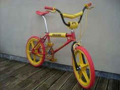 OS Raleigh Burner.. I lusted after these as a nipper.