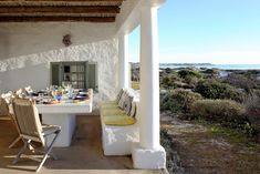 Farniente is perched on the Klein Slangkop dunes, alongside the notoriously dreamy long beach, and opens its heart and seduces your soul with sincerity. Outdoor Fire, Outdoor Living, Outdoor Decor, Romantic Bathtubs, Boulder Beach, Candle Supplies, Stone Stairs, River Lodge, Rock Pools