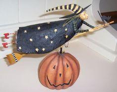 Lang-August-Moon-Halloween-2004-Hildy-In-Orginal-Box