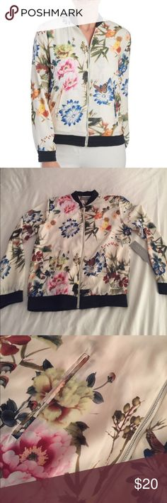 ✨HOST PICK✨NWT!! Pretty floral print bomber 🌺 New with tags, elastic banding, silver metallic zipper. Off white and floral print. Bagatelle Collection Jackets & Coats