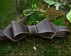 Leather bow tie Mens bowties Personalized bow tie Wedding leather bow tie wedding bow tie Christmas Gift Personalized gift Groomsmen gift Leather Art, Brown Leather, Bow Tie Wedding, Diy Bow, Girls Sandals, Leather Projects, Groomsman Gifts, Hair Bows, Leather