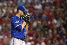 R.A. Dickey thinks the strength of teammate Marco Estrada is his ability to change speeds without falling into a pattern. Estrada will start Game 1 of the ALCS for Toronto.