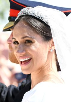 On her wedding day, Meghan let her bespoke Givenchy gown take center stage and opted for simple diamond Cartier studs, which she pulled out of her jewelry box again later, proving she knows good investment jewelry when she sees it. Harry And Meghan Wedding, Black Gold Jewelry, Royal Weddings, Center Stage, Bridal Beauty, Meghan Markle, Jewelry Box, Royalty, Wedding Day