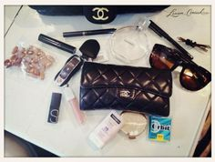 what's in lauren conrad's bag