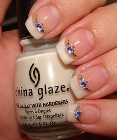 Simple And Easy Blue Diamond Nails