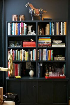 Use Dark Paint in a Small Space | Rue