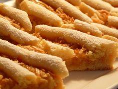 Babkin jablkový koláč (fotorecept) - obrázok 9 Onion Rings, Apple Pie, Ham, Food And Drink, Baking, Ethnic Recipes, Desserts, Tailgate Desserts, Deserts