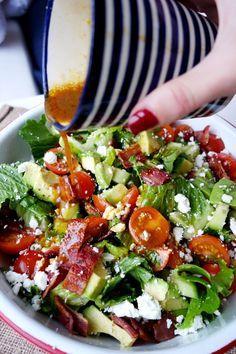 BLT salad- best dressing: 2 shot glasses olive oil, shot glass balsamic vinegar, tsp mustard, juice of lemon, salt Paleo Recipes, Dinner Recipes, Cooking Recipes, Blt Recipes, Comida Tex Mex, Blt Salad, Avocado Salad, Bacon Lettuce Tomato Salad, Lettuce Salads