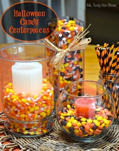 Simple Halloween centerpieces using candy corn and candles #Halloween #CandyCorn #Centerpieces